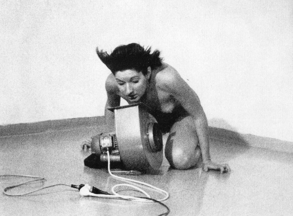 Marina Abramovic Rhythm 4