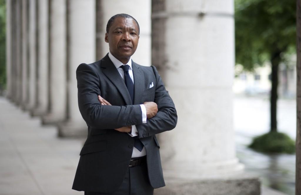 Okwui Enwezor direttore biennale venezia